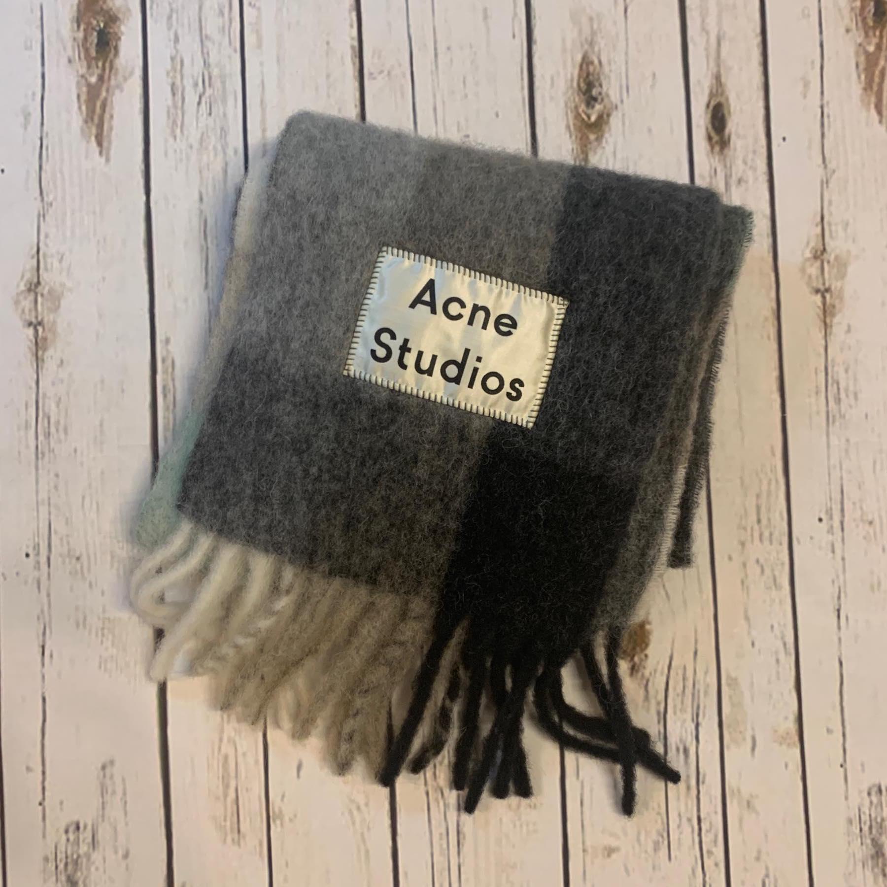 ACNE STUDIOS(アクネ ストゥディオズ) マルチチェックマフラー