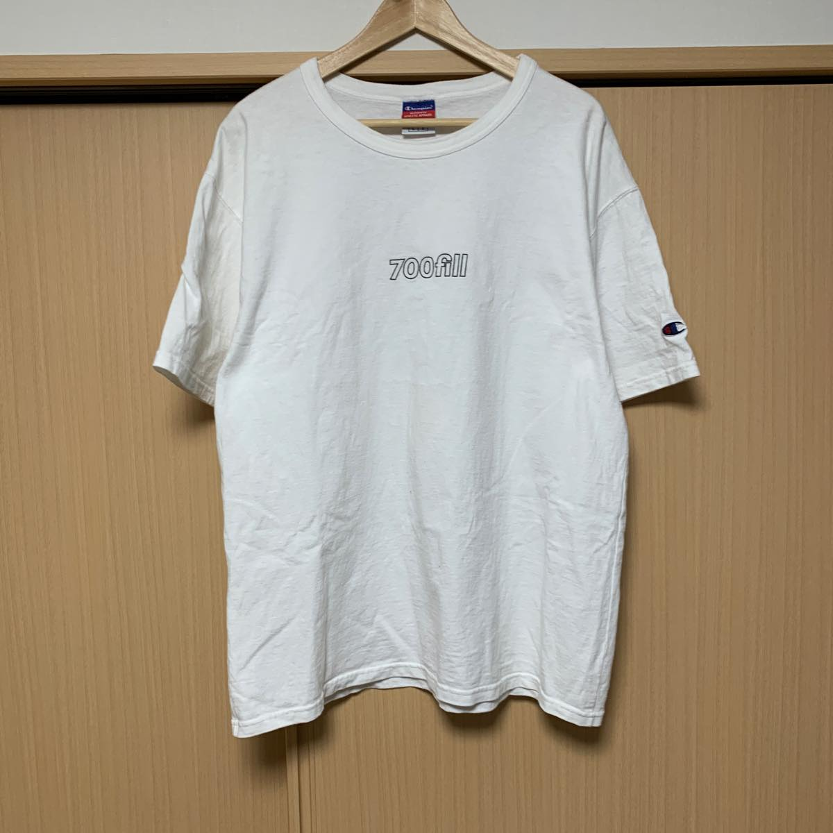 700 Fill 700fill power ロゴ チャンピオン Tシャツ ホワイト